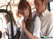 メガネの優等生美少女をチカンレイプで無理矢理犯している動画像無料