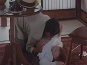 家政婦をしてる美人お姉さんが変態なご主人様にレイプされる無理矢理犯している動画